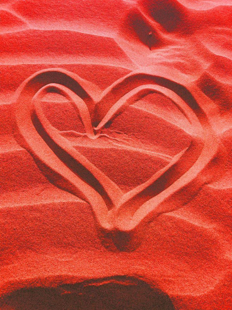 sand, heart shape, love symbol